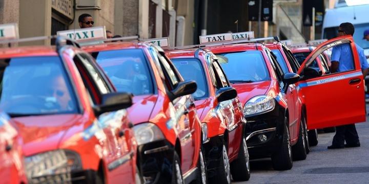 Calcular Preço do Taxi em Porto Alegre
